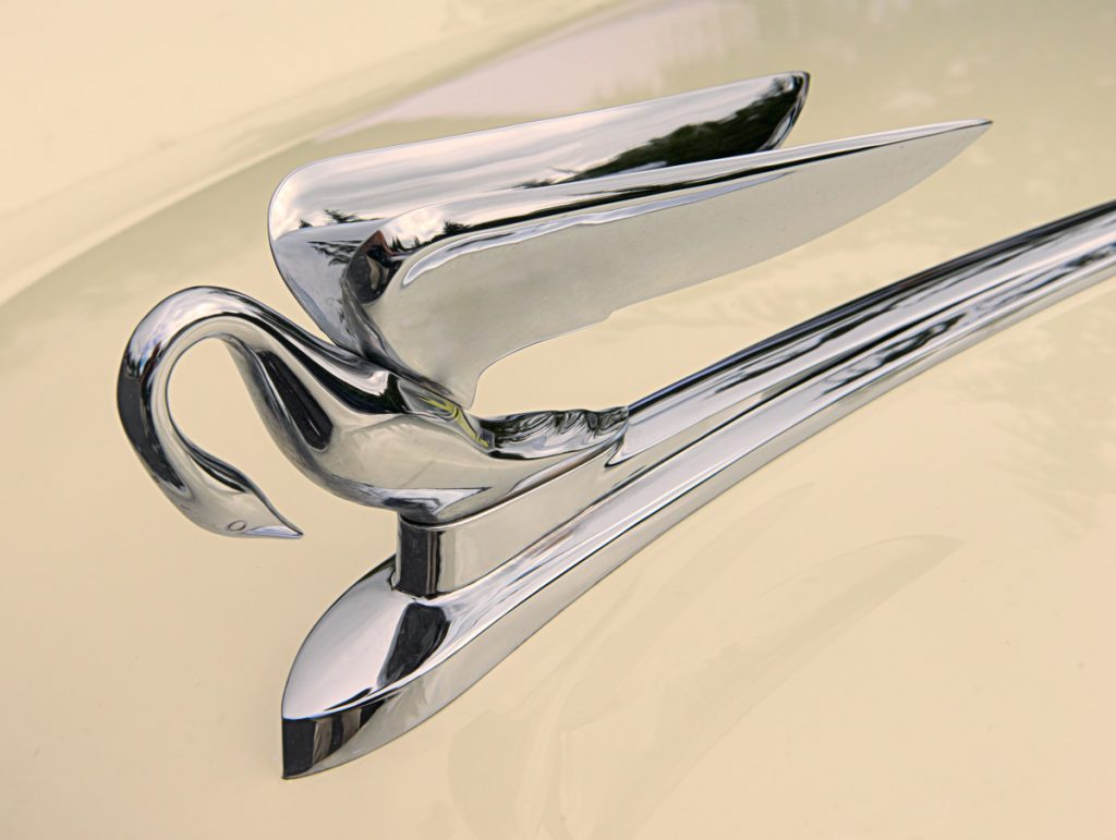 1952 Packard convertible hood ornament